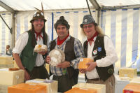 The Mangledwurzels caught red-handed stealing the award-winning cheeses at the Frome Cheese Show (Sep 2009)